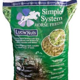 Simple System Horse Feed Lucie Nuts